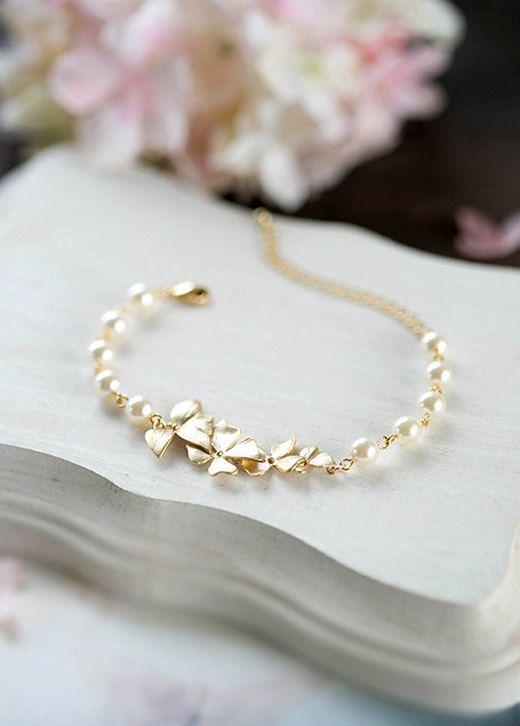 Bracelet mariée demoiselle d'honneur Bracelet or fleur par LeChaim