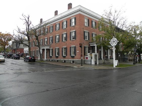 Lincklaen House at 79 Albany Street in Cazenovia dates back to the days of the Third Great Western Turnpike. It has been in business continuously since1835, and many famous people have been guests here, including John D. Rockefeller and many famous entertainers.