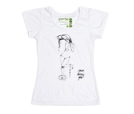 Camiseta feminina em malha PET - pra cada peça vendida, uma é doada pra uma criança. Mais em bit.ly/LTPQbu