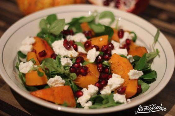 Salat mit Kürbis, Fetakäse und Granatapfel ein super leckerer, nahrhafter Salat im Herbst!
