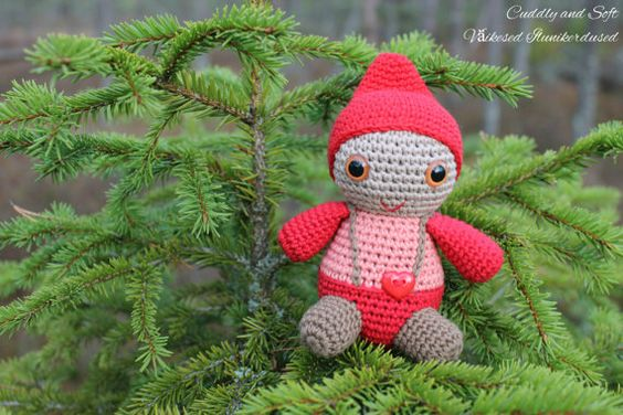 The Happy Gnome  Christmas elf  Santa's Little by CuddlyandSoft