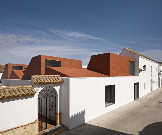 PROFESSIONAL COOKING SCHOOL IN ANCIENT SLAUGHTERHOUSE_Fernando Alda.jpg.jpeg (2000×1676)