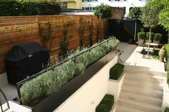 40 Ideas of How to Design a Garden with Clean Lines and Subtle Lighting Effects