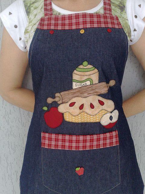 Avental artesanatos pinterest design tortas e pastel for Mandiles de cocina originales