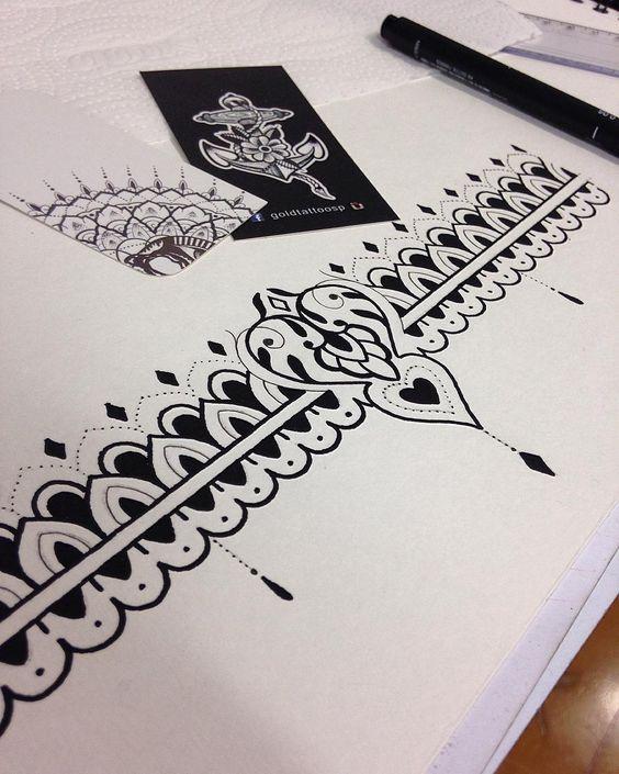Boa noite! Projeto de bracelete feito para Erica! Todos os desenhos feitos são exclusivos para cada cliente cada ideia é feito um projeto onde o desenho é feito com muita dedicação e estudo quem tiver afim de tatuar e quiser fazer um projeto é só ir ao @goldtattoosp e me procurar! Os atendimentos para desenhos são feitos as terças e quartas das 12:00 as 20:00 ! Aguardo sua visita! Para agendamentos e orçamentos favor enviar email para lingtattooist@gmail.com #bracelete #mandala #mehandi…