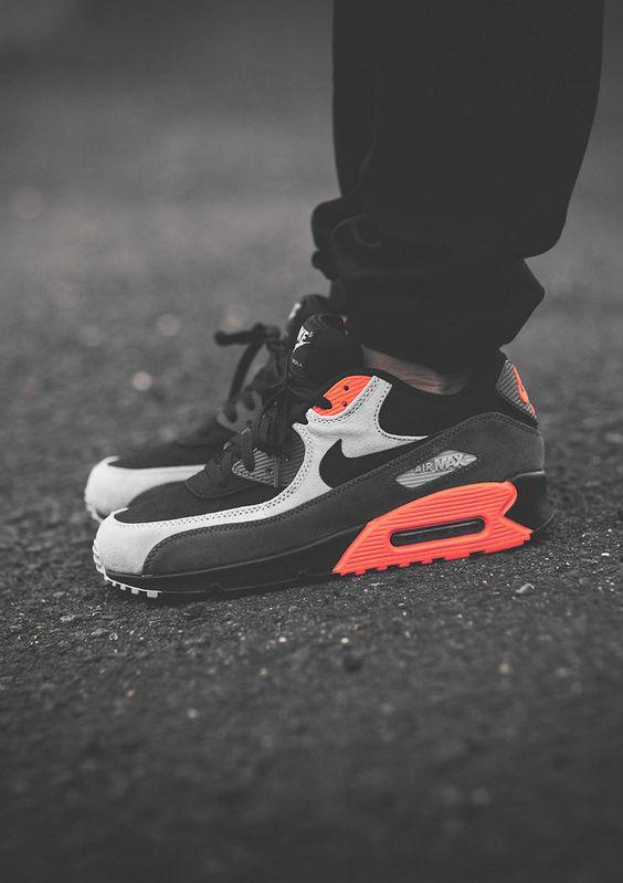 Nike Air Max 90 Leather Black Ash Total Crimson