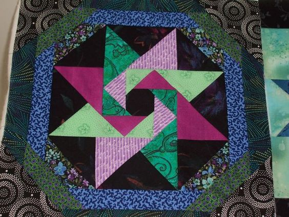"""""""Star of the Orient"""" a Judy Martin pattern from her book 'Scrap Quilts', 1985.: Book Quilt, Quilt Block, Martin Quilt, Blocks Ideas, Quilting Blocks, Block Tutorials, Quilt Books Patterns, Patterns Blocks"""