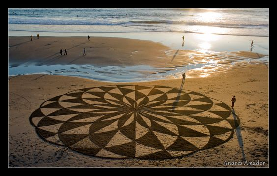 STUNNING SAND ART. Photo credit: Andres Amador. Click for more: http://www.huffingtonpost.co.uk/2012/04/12/andres-amador-sand-art_n_1419994.html?ref=uk-culture