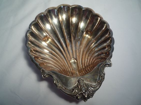 Vintage International Silver Co. Shell Shaped Serving Dish