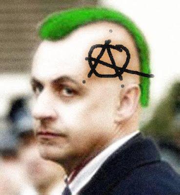 Léonel Houssam: Quand j'étais punk, je détestais les punks...