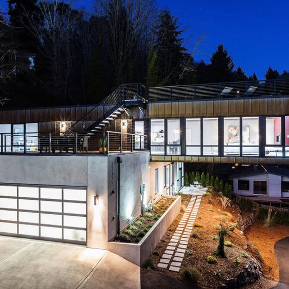Check this out: A Cantilevered Home on a Small Lot Overlooking Lake Washington. https://re.dwnld.me/2zrjn-a-cantilevered-home-on-a-small-lot-overlooking-lake