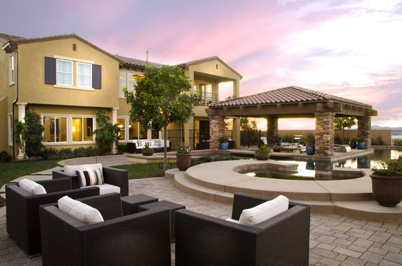 Final viewpoint home sites being released this weekend at Toll Brothers at StoneBridge in San Diego.  http://www.tollbrothers.com/CA/Toll_Brothers_at_StoneBridge