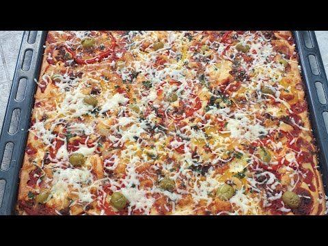 بيتزا سائلة 10 ملاعق بحجم عائلي لذيذة جدا و سريعة تحضير في دقائق Youtube Home Cooking Pizza Vegetable Pizza