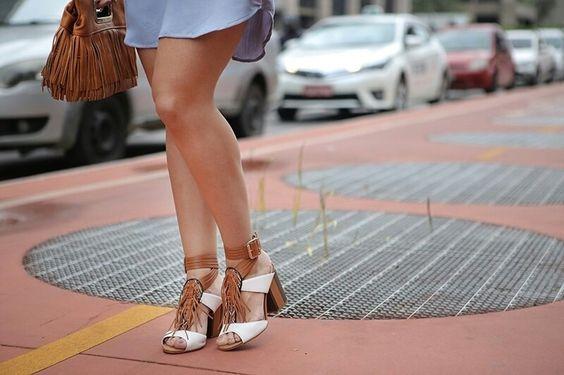 Olha que coisa mais linda mais cheia de graça! É a blogueira @camilaamaral_oficial arrasando com sua sandália Tanara!