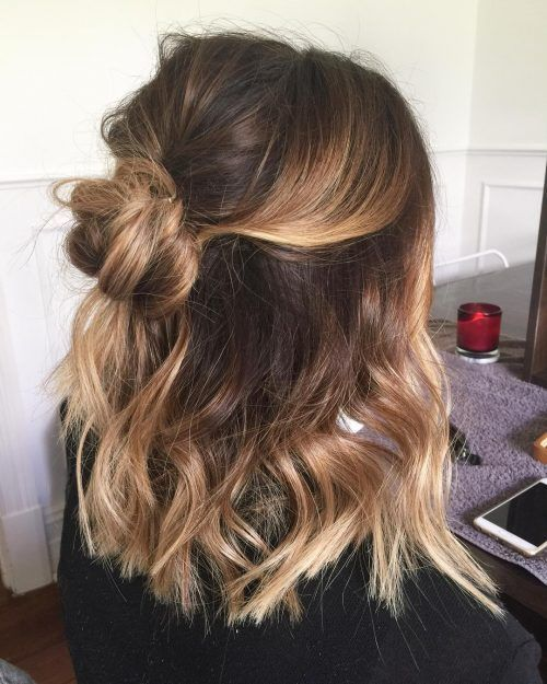 Relaxed Boho Look Hairstyle Cute Easy Casual Hairstyles Inspiration Half Up Hair Ideas Half Top Knot Pre In 2020 Medium Length Hair Styles Hair Styles Hair Lengths