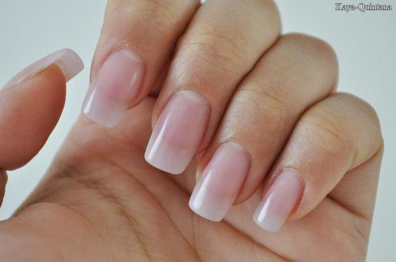 Mijn nagels met een natuurlijke acryl finish
