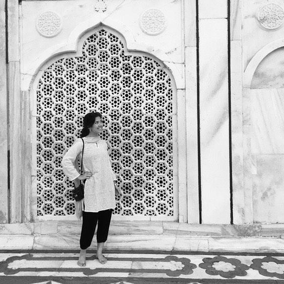 by @rebekahcraggs #mytajmemory #IncredibleIndia #tajmahal #tbt to the Taj!! The artistry in Agra was absolutely stunning it was incredible to see all over India the great beauty that human hands can make. We shamelessly did a mini photo shoot at this wall which if you can believe it was just an ordinary normal wall there. Doesn't that just tell you something about how magical the Taj itself was?! #tajmahal #holiday #india #blackandwhite #art #agra #carving #inlay