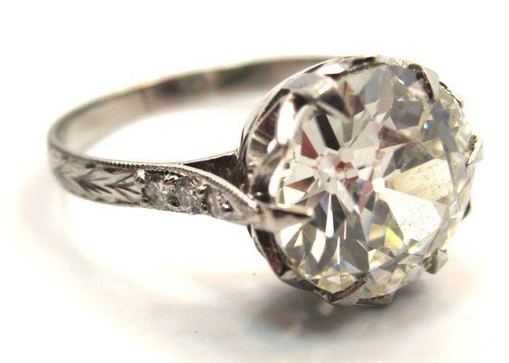 Timeless Edwardian Period 2.84 Carat Old European Cut Engagement Ring image 2