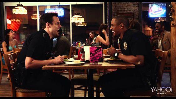 """Pin for Later: Was ist das für ein Song? Die beste Musik aus den neuesten Trailern Let's Be Cops Was ist das für ein Lied? """"The Pit"""" von Adam F, Doctor P und Method Man"""