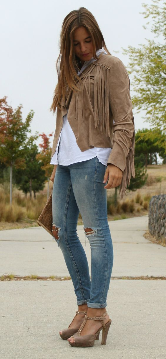 La Reina del Low Cost blogger style outfit fringed jacket chaqueta de flecos total look