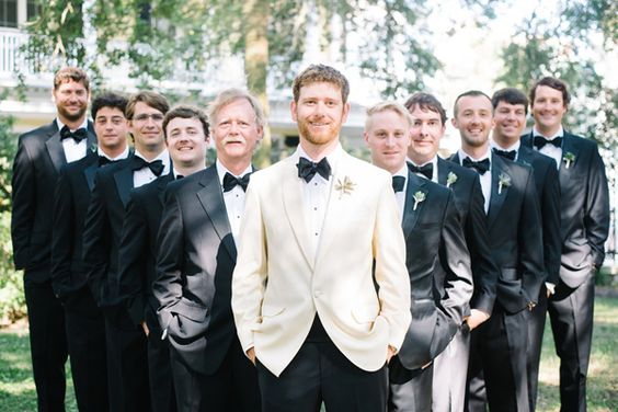 groom in white dinner jacket, groomsmen in tuxes | Aaron & Jillian Photography #wedding: