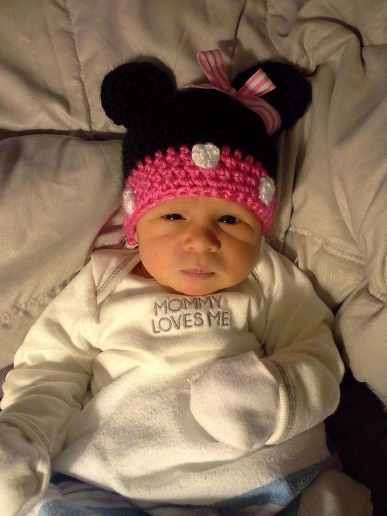 minnie mouse crochet beanie  Love this little monkey!!!