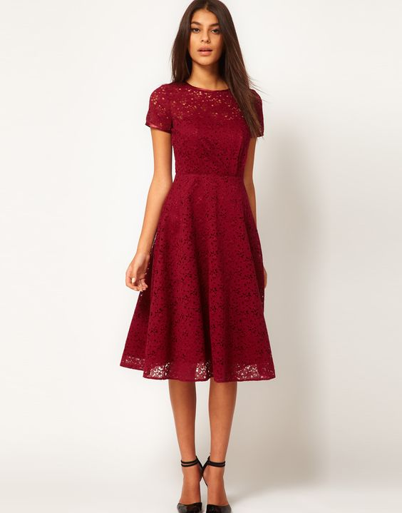 Bridesmaids dress idea but in Black and Purple for my Nightmare Before Christmas Wedding at Disneyland in the future.