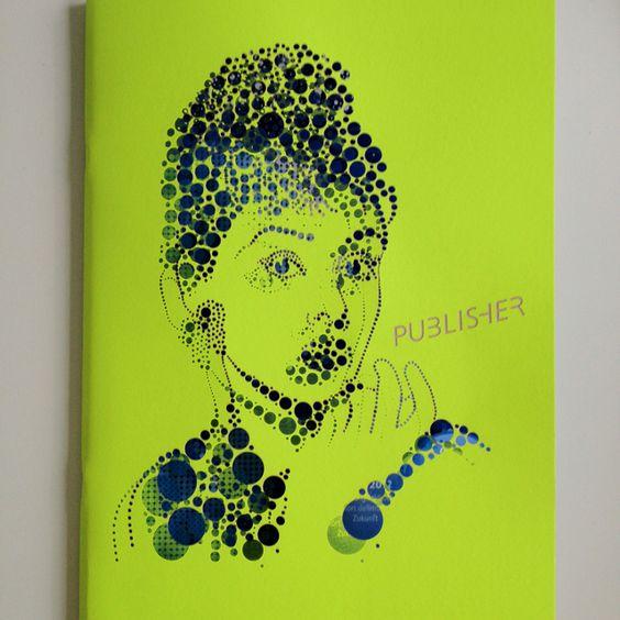 Klasse Cover mit echten Löchern und exzellenten Inhalt zu Publishing und Digitaldruck // http://publisher.ch  Heft 3/12