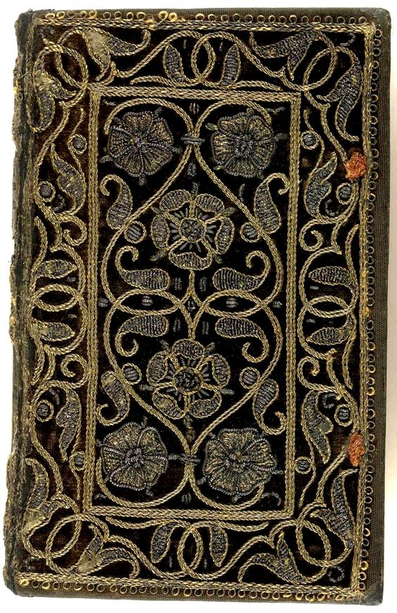 Embroidered velvet book with scroll and floral pattern. Orationis Dominic: explicatio (Geneva, 1583), collection: The British Library