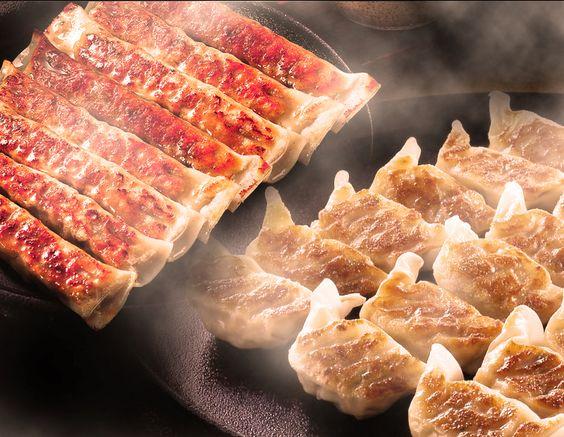 紅虎餃子房で人気のメニューは?中国本場の味を気軽に楽しむ♪