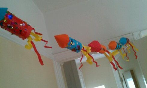 firework rocket garland - bonfire night This looks like a great activity for the first days of school and then it can be hung in the classroom.