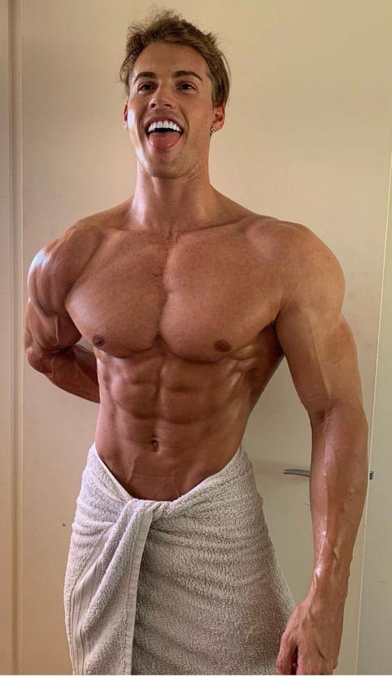 Muscular Hunks」おしゃれまとめの人気アイデア Pinterest