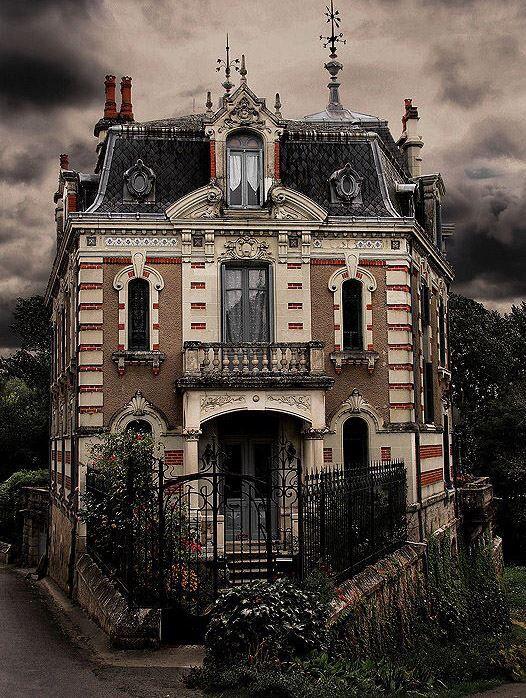 Casa abandonada na fran a lugares pinterest casas for Donde puedo estudiar arquitectura