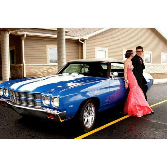 Love me more!  #couplesshoot #sparklingsunshinephotography #prom #nwi