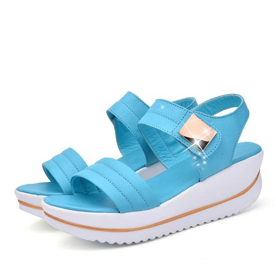 46 Casual Sandals That Make You Look Cool shoes womenshoes footwear shoestrends