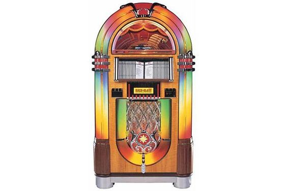 Oldstyle Jukebox for our recroom