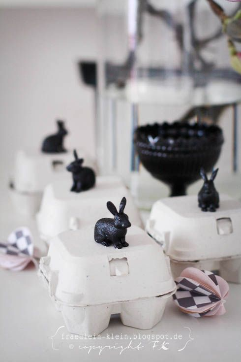 Frohe Ostern: Dekorative Osterhasen auf Eierkartons #diy