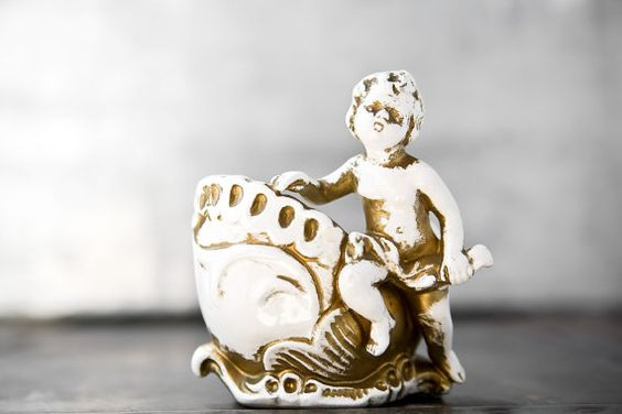 Vintage Cherub Vase by ReneeVintage on Etsy/ My mom would love this!! @Sandra Gamble