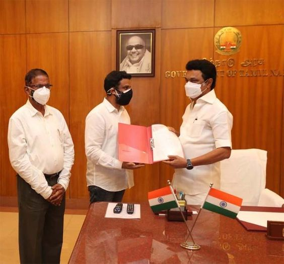 YouThink International Foundation  Founder and secretary of the Lokaa Foundation Dr.K.Abdul Ghani, handed over 1.5 crore worth Covid Safety Kits to Chief Minister M.K. Stalin