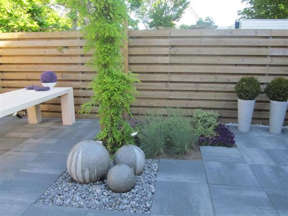 Tuin inspiratie kleine tuin google zoeken terras en opslag pinterest models search and - Modern tuinmodel ...