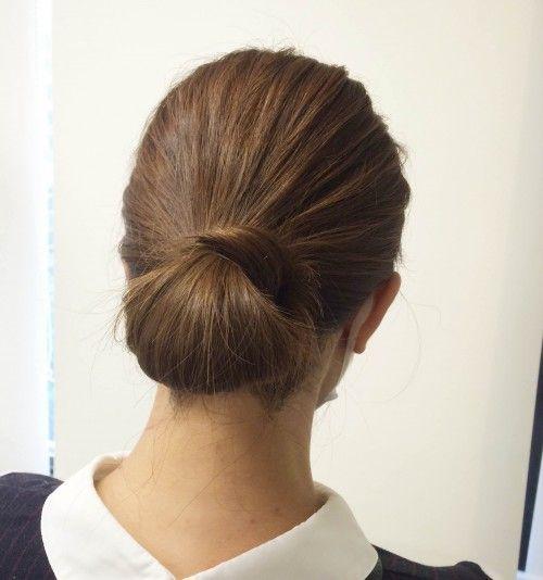髪ゴムだけでヘアアレンジ 簡単まとめ髪 セレブシニヨン の作り方