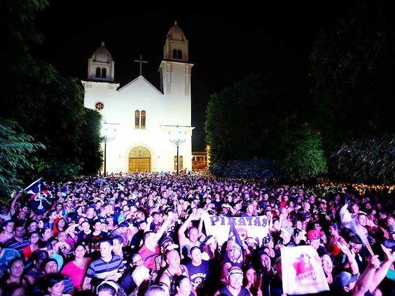 Parte de la celebración en la plaza Julio 29, 2013