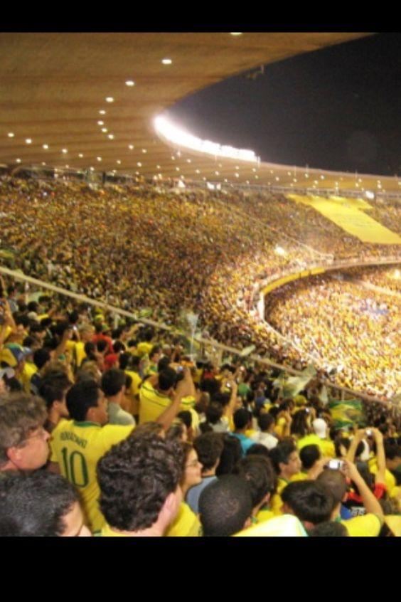 Vista interna antiguo estadio Maracana. 220.000 personas en su maximo aforo. Brasil