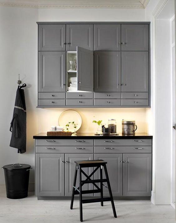 Die besten Wohntipps für die Küche Für Landhaus-Fans ein Muss - spritzschutz küche ikea