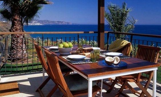 elegant poolside terrace decorating ideas