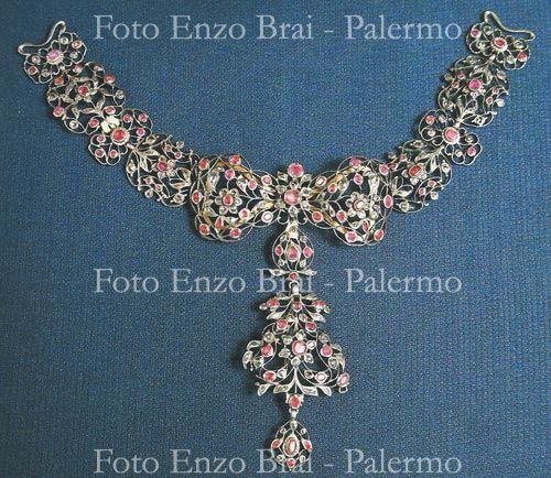 Orafo palermitano, collana, seconda metà del XVIII secolo, oro, argento, rubini e diamanti, Piana degli Albanesi