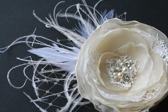 Vintage Fascinator, Wedding Hairpiece, Champagne Ivory Small Rustic Flower, Bridal Hair Clip, Bridal Accessories