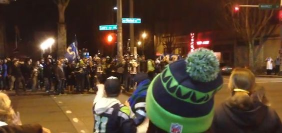 Ha, I love this! - Celebrating Seahawks Fans Refusing To Jaywalk Is The Most Seattle Thing Ever