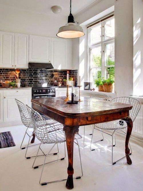 Come abbinare tavolo antico e sedie moderne in 2020