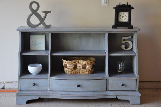 Bookshelf makeover (HoH103)